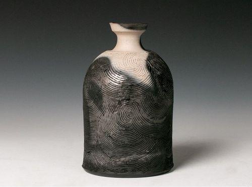 A Modern Vase by Studio Potter Sakata Jinnai (b. 1943)