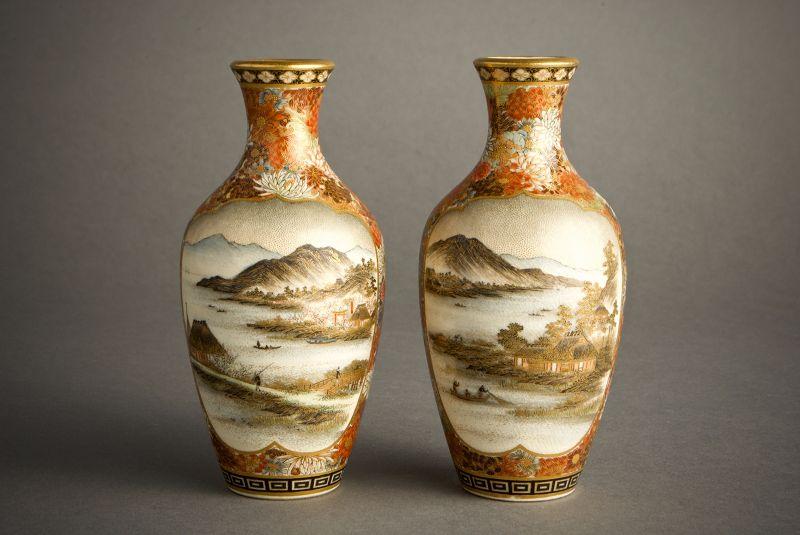 Yabu Meizan - Pair of Japanese satsuma vases
