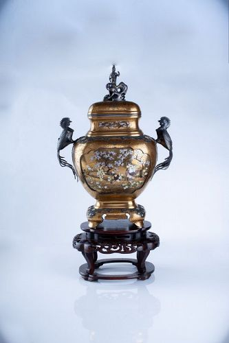Masayoshi – A Japanese gold laquer and Shibayama koro