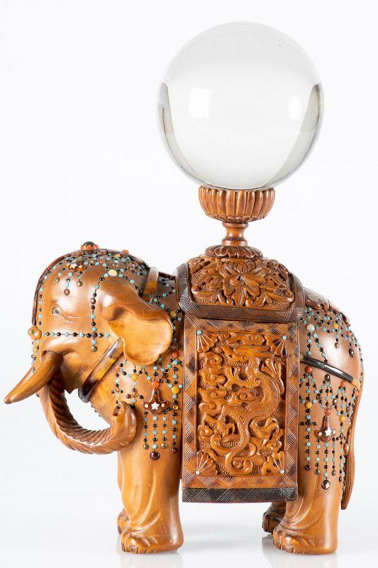 Yutei - A Japanese okimono of an elephant