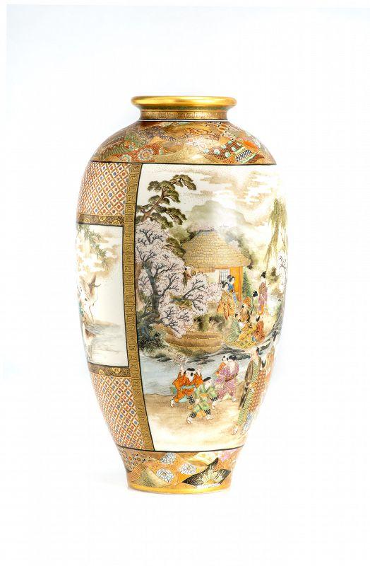 Okamoto Ryozan - A Japanese Satsuma vase
