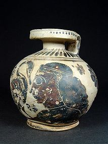 Corinthian Aryballos by the Burrell Painter, 570-560 BC