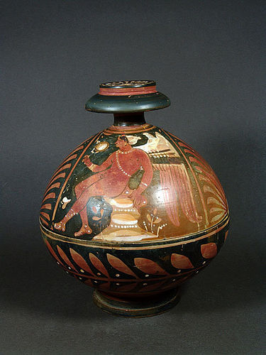 Apulian Globular Pyxis, ca. 320-300 BC