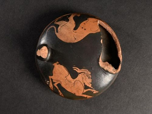 Attic Askos with Goat and Lion, ex Cahn, around 440 BC