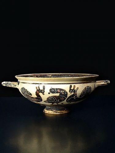 Corinthian Kylix, Workshop of the Bird-Frieze Painter, 575-550 BC
