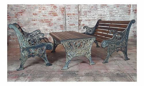 19th Century Traditional Cast Iron & Wood Patio / Garden - 3 Piece Set