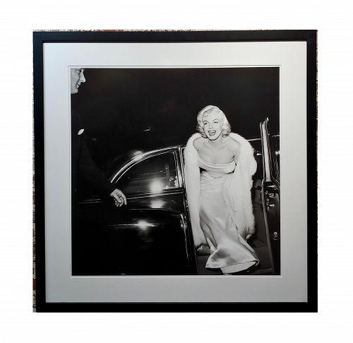 Large Silver Gelatin Photograph of Marilyn Monroe at 1954 Premier by Murray Garrett