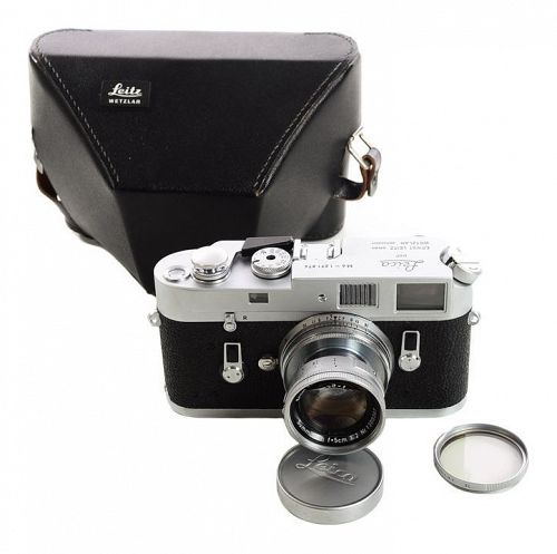 Vintage Leica M4 W/Leitz 5cm F:2 Summicron Rangefinder Camera