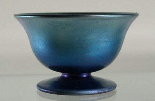Blue Aurene Footed Salt