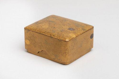 Kobako japanese urushi gold lacquer box names komori Edo 18th