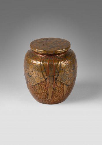 Natsume Japanese gold lacquer Tea box, Japan Edo 18th