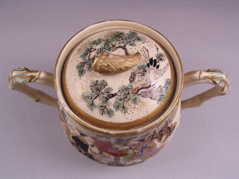 Very Fine Japanese Kyo Satsuma Covered Jar 19c