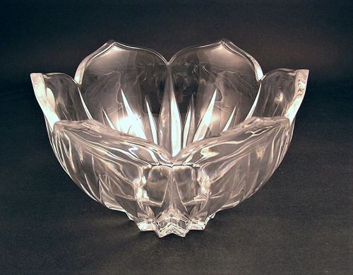 "Gorham Crystal Lotus Bow1 8"" w/original box"