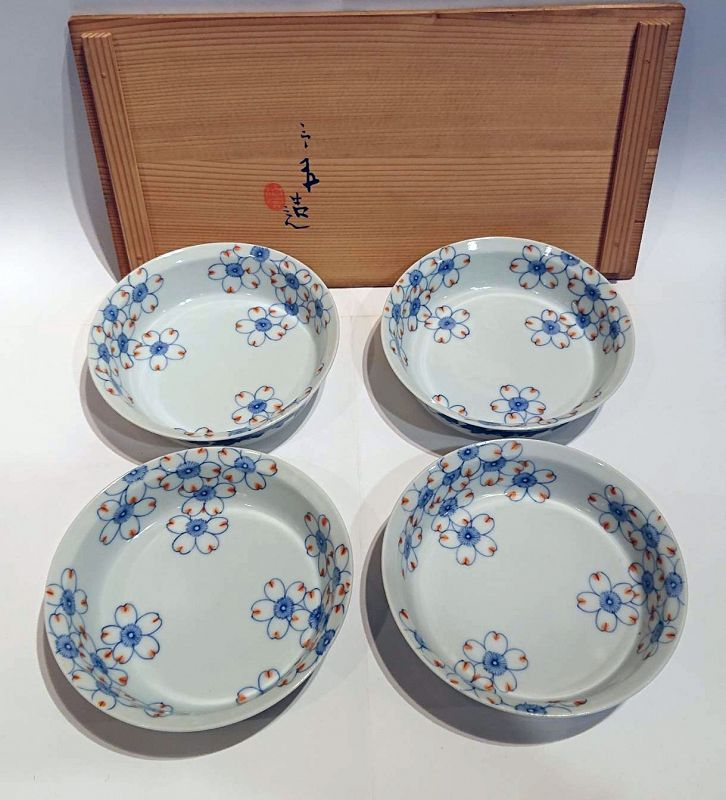 Japanese Porcelain Bowl Set by Seifu Yohei III with Tomobako