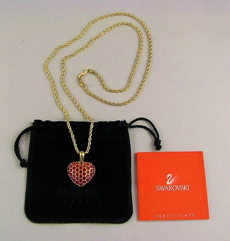 Beautiful Swarovski Heart Shape Pendant with Necklace Chain