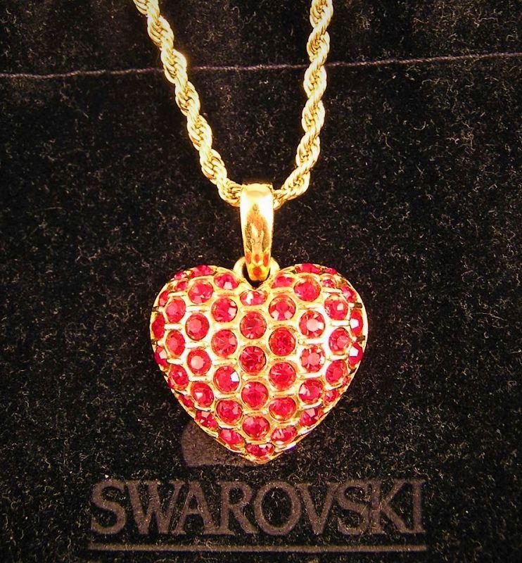 Beautiful Swarovski Heart Shape Pendant with Necklace Chain