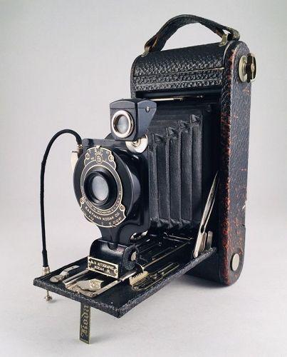 Fine Looking No.1 - A  AUTOGRAPHIC KODAK JR. from 1925-26