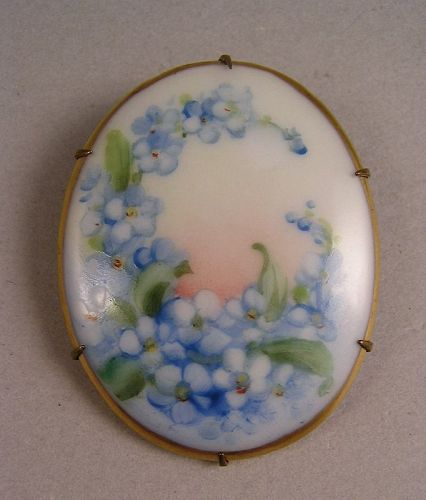 Lovely Vintage Brooch with Hand painted Flowers on Porcelain