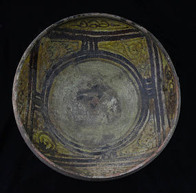 Fine islamic pottery bowl, Western Asia, ca. 11th. century AD