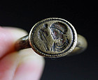 Superb Roman orchalcum bronze ring with Emperor (Constantinian)