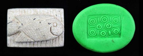 Rare Egyptian Steatite Scaraboid seal with Fish!