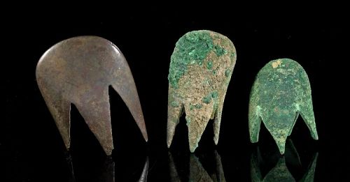 Rare set of Three Bactrian bronze 'Claw' Mace Heads, 2nd. mill. BC