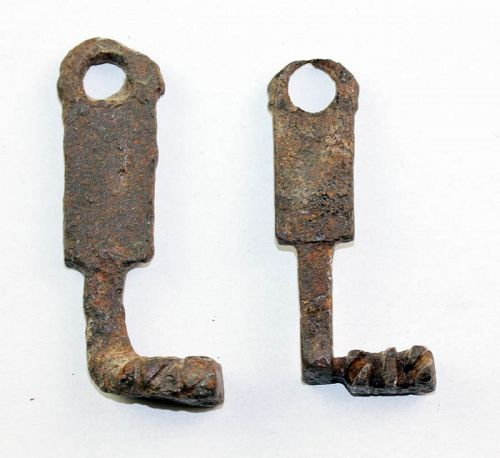 Nice pair of Roman Iron Keys, 1st.-3rd. century AD