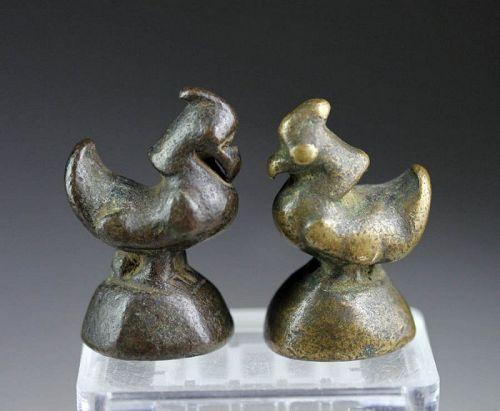 Nice pair of two bronze Opium weights, Shan Ducks ca. 1780 AD