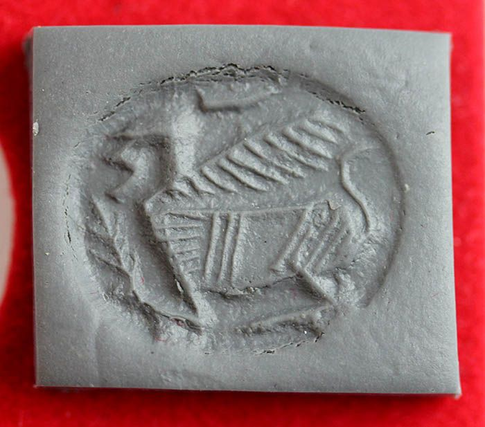Large Phoenician stone Scaraboid  seal with Sphinx, 6th.-5th. cent BC