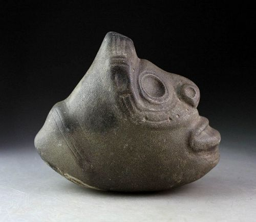 Exceptional Pre-Columbian Taino brown Stone Three Pointer Zemi!