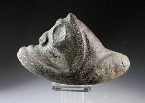 Beautiful Pre-Columbian Taino brown Stone Three Pointer Zemi!