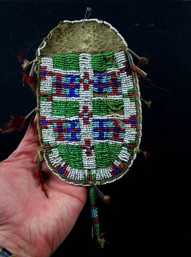 Rare Indian Native Sioux beaded hide 'Strike-a-light' pouch 1800-1840