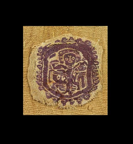 Orbiculus textile insertion w figures, Byzantine 6th.-7th. cent. BC