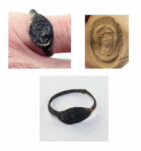 Rare Byzantine silver seal ring w 3/4 bust of Madonna, 6th.-8th. c.