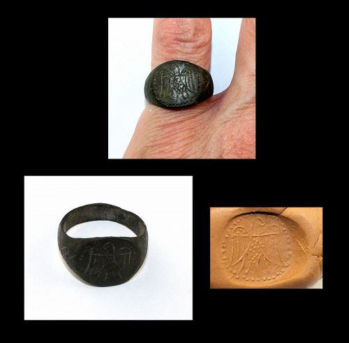Large Roman bronze military ring Eagle w spread wings, c.2nd cent AD