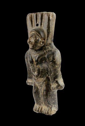 Rare Pre-Columbian Manteno Culture pottery figure, c.700-1200 AD