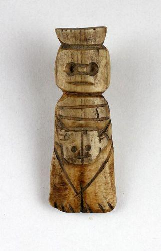 Pre-columbian bone carving of warrior w head, Canari, 1st. mill AD