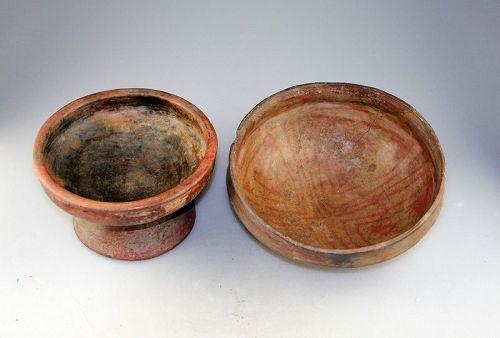Pair of larger Capuli / Narino pottery bowls, 8th.-15th. cent. AD