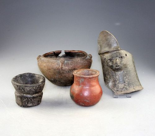 Nice lot of 4 Columbia or Ecuador pottery vessels, 7th.-14th. cent. AD