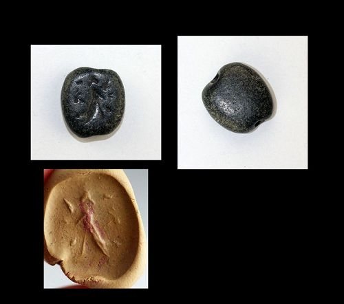 Interesting Sumerian Serpentine stone stamp seal with god!