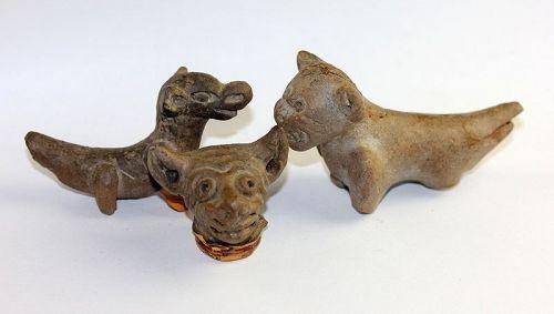 Lot of three nice Pre-Columbian animal flutes, Manteno Culture