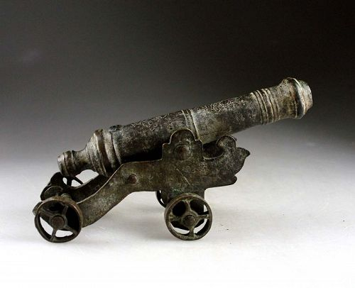 A rare small presentation / table bronze cannon, early 18th. cent.