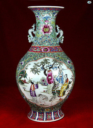 1800 Chinese Antique Enameled Porcelain Vase with Court Motives