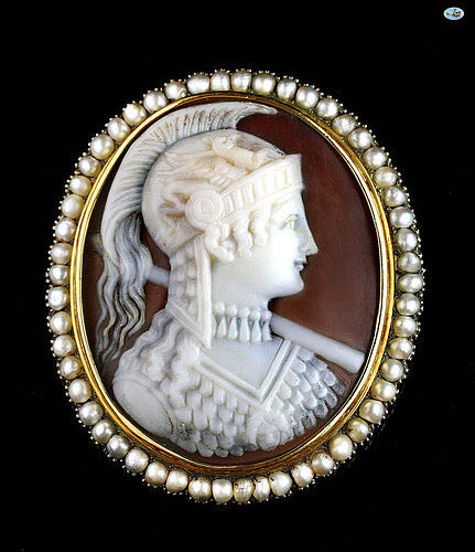 Fine Victorian 18 Karat Gold and Pearl Shell Cameo Brooch Athena 1850