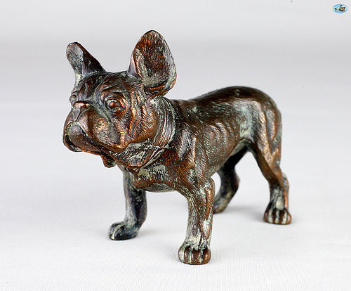 Antique Adorable Bronze Sculpture of a Robust Bulldog