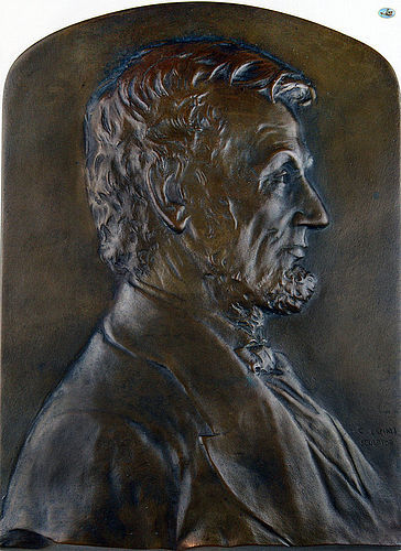1900 Abraham Lincoln Bronze Plaque by Italian Luini Costanzo