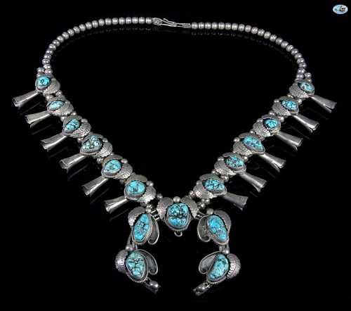 Vintage Native American Indian Sterling Silver 15 Turquoise Necklace