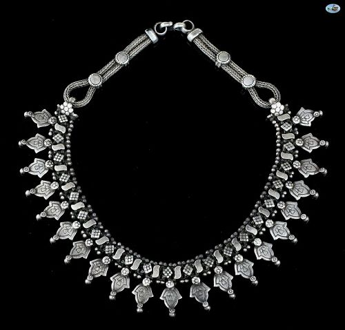 Lovely Vintage Sterling Silver Custom Made Decorated Choker Necklace