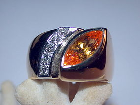 18K. Gold Ring set with Ceylon Yellow Sapphire-Diamonds