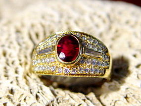 18K. Solid Gold Ring with Genuine Ruby & Diamonds